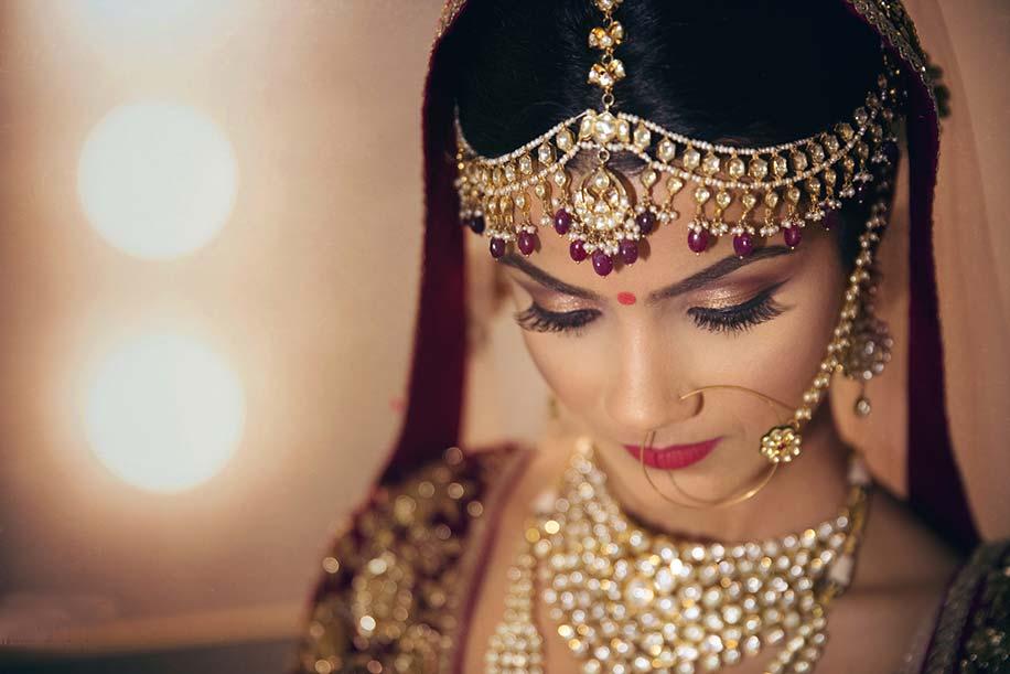 Mehndi Bridal With Matha Patti : Gorgeous matha patti trends of fashion bride
