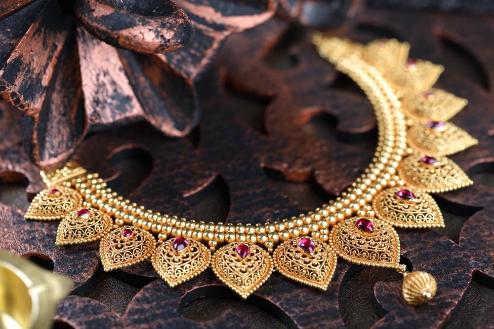 Kalyan Jewellers Bridal Jewellery India Uae And Oman Weddingsutra Favorites