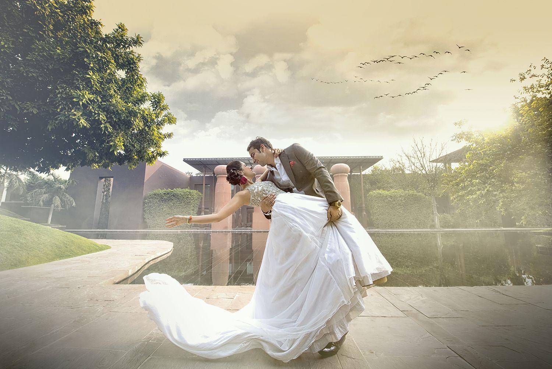 Pre Wedding Gifts: Wedding Photographers Capt