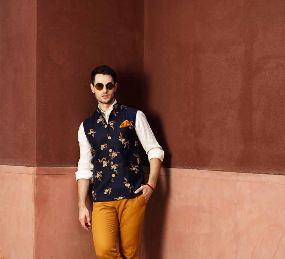 7bd0097b99 Indian Groom & Groomsmen Fashion Ideas & Inspiration | Groom ...