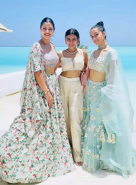 Which Bollywood Bridesmaids do you like the most? 4