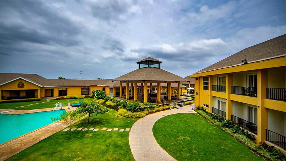 Tropical Retreat Luxury Resort & Spa, Igatpuri