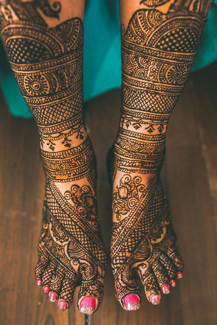 Grand Bridal Mehndi Designs : Stunning mehendi designs for your wedding bridal