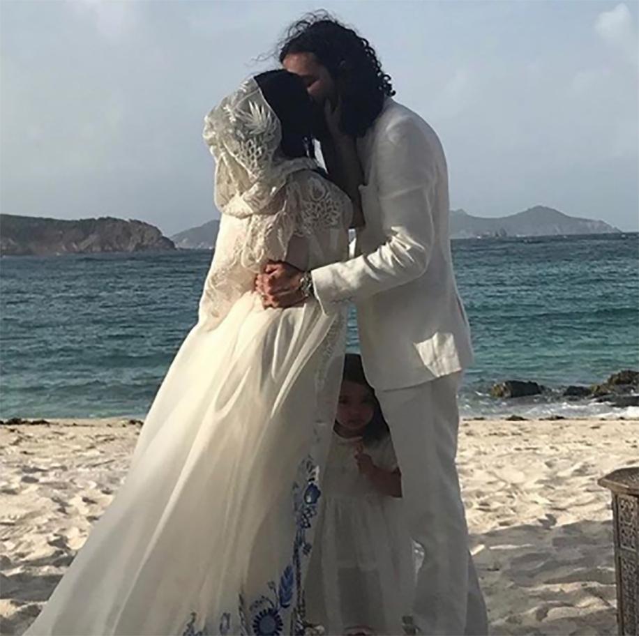 Celebrity Wedding Locations: Celebrity Bride