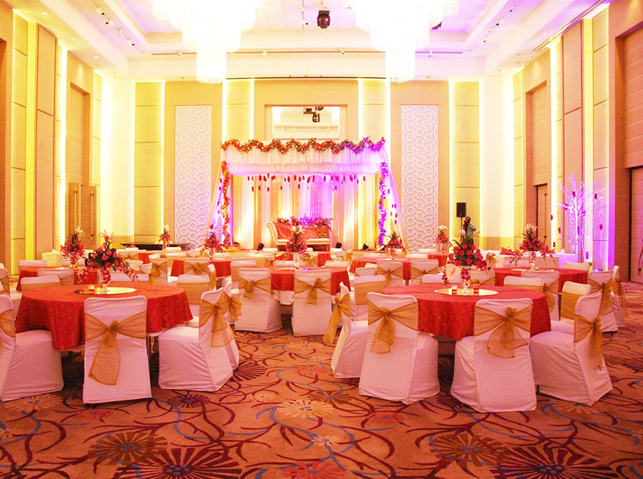 10 of the Largest Ballrooms in Delhi NCR
